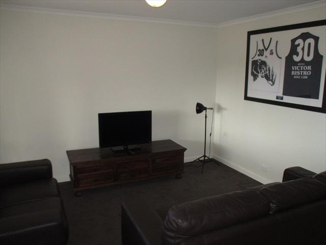 residence-formal-lounge